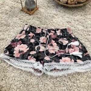 Floral Short Shorts!!